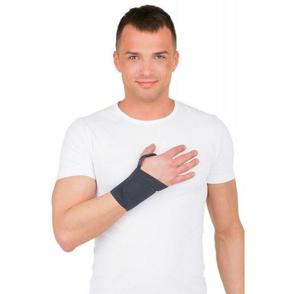 Бандаж на запястье ТРИВЕС Т-8301 с кольцом на палец